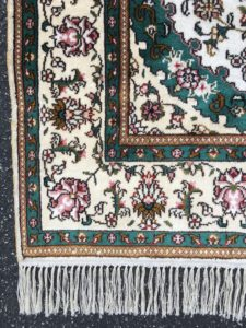 NEW 3x4 Handknotted Silk Quoom Area Rug